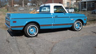 1972 Chevrolet Cheyenne Pickup 350/350 HP, Automatic presented as lot S37 at Kissimmee, FL 2013 - thumbail image2