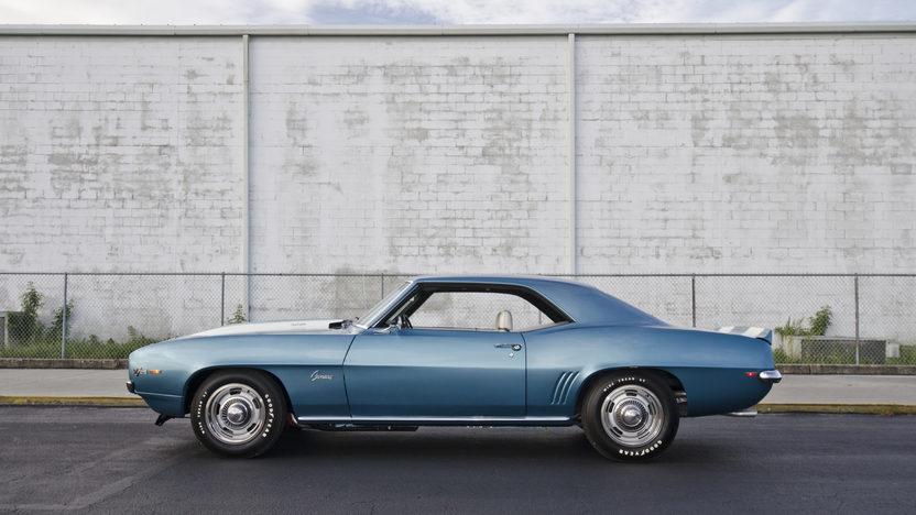 1969 Chevrolet Camaro Z28 JL8 Brakes, Cross Ram Dual Quads presented as lot S98 at Kissimmee, FL 2013 - image3