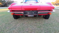 1966 Chevrolet Corvette Coupe 427/390 HP, 4-Speed, GM Brass Hat Car presented as lot S102 at Kissimmee, FL 2013 - thumbail image11