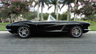1962 Chevrolet Corvette Resto Mod LS2/405 HP, 6-Speed presented as lot S107 at Kissimmee, FL 2013 - thumbail image2