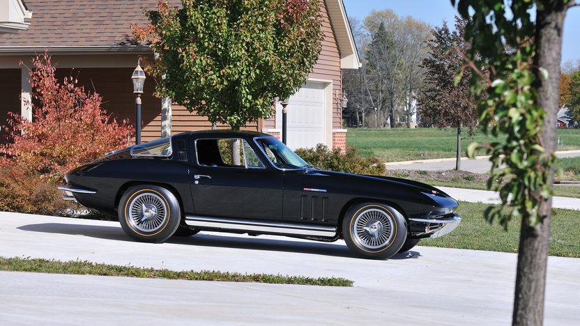1965 Chevrolet Corvette Big Tank Coupe 327/375 HP, NCRS Duntov Award presented as lot S118 at Kissimmee, FL 2013 - image3