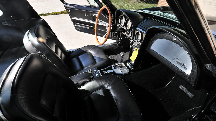 1965 Chevrolet Corvette Big Tank Coupe 327/375 HP, NCRS Duntov Award presented as lot S118 at Kissimmee, FL 2013 - image4