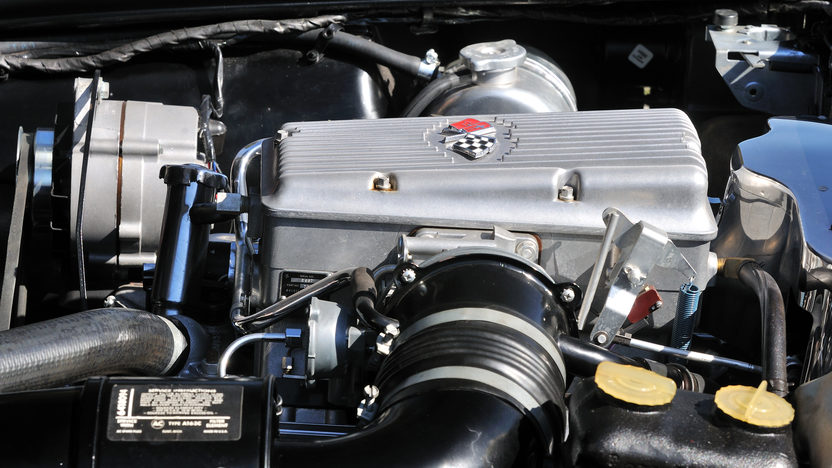 1965 Chevrolet Corvette Big Tank Coupe 327/375 HP, NCRS Duntov Award presented as lot S118 at Kissimmee, FL 2013 - image7