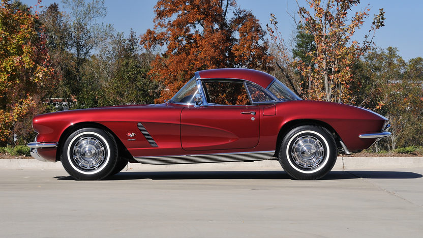 1962 Chevrolet Corvette Convertible 327/360 HP, 4-Speed presented as lot S126 at Kissimmee, FL 2013 - image10