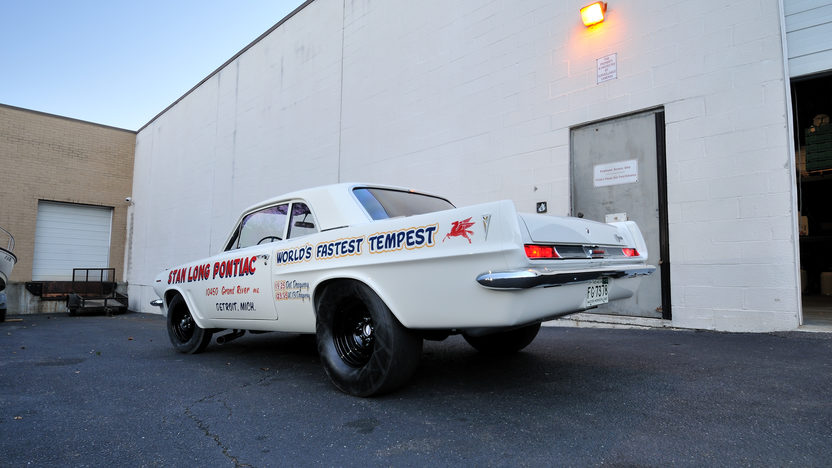 1963 Pontiac Tempest Lemans 421 Super Duty, 1 of 6 Produced presented as lot S137 at Kissimmee, FL 2013 - image2