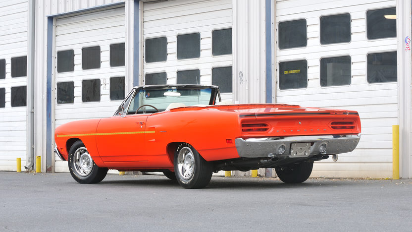 1970 Plymouth Road Runner Convertible 440 Six Pack, Automatic presented as lot S146 at Kissimmee, FL 2013 - image2