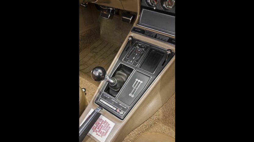 1969 Chevrolet Corvette L88 Convertible 427/430 HP, J56 Brakes, Bloomington Gold presented as lot S159 at Kissimmee, FL 2013 - image8