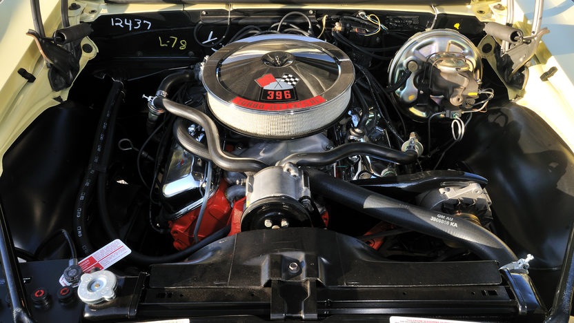 1967 Chevrolet Camaro RS/SS 396/375 HP, 4-Speed presented as lot S171 at Kissimmee, FL 2013 - image6