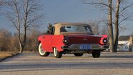 1957 Ford Thunderbird presented as lot S186 at Kissimmee, FL 2013 - thumbail image2