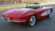1961 Chevrolet Corvette Convertible 327/300 HP, Automatic presented as lot S200 at Kissimmee, FL 2013 - thumbail image3