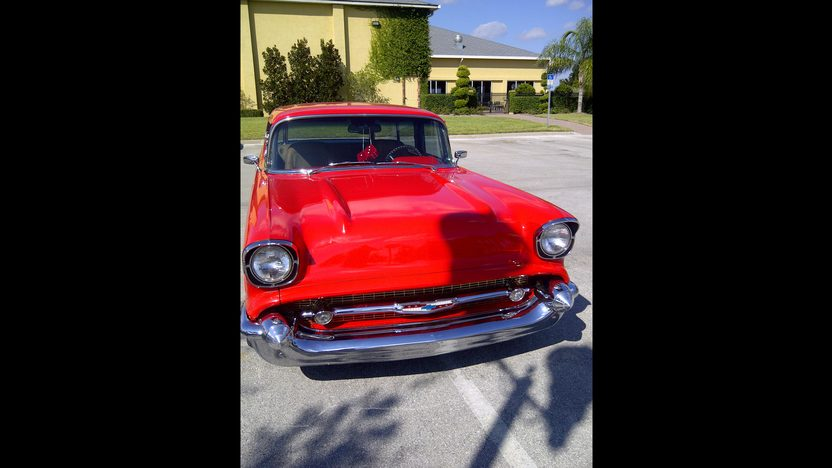 1957 Chevrolet Nomad Resto Mod 500 HP, Automatic presented as lot S205 at Kissimmee, FL 2013 - image10