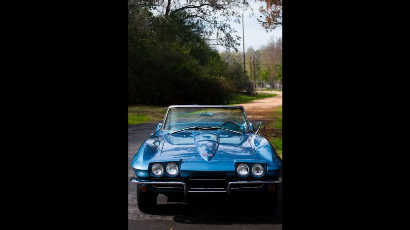 1965 Chevrolet Corvette Convertible 327/300 HP, 4-Speed presented as lot S226 at Kissimmee, FL 2013 - image10