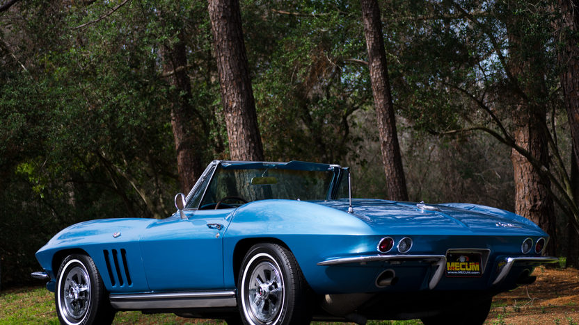 1965 Chevrolet Corvette Convertible 327/300 HP, 4-Speed presented as lot S226 at Kissimmee, FL 2013 - image9