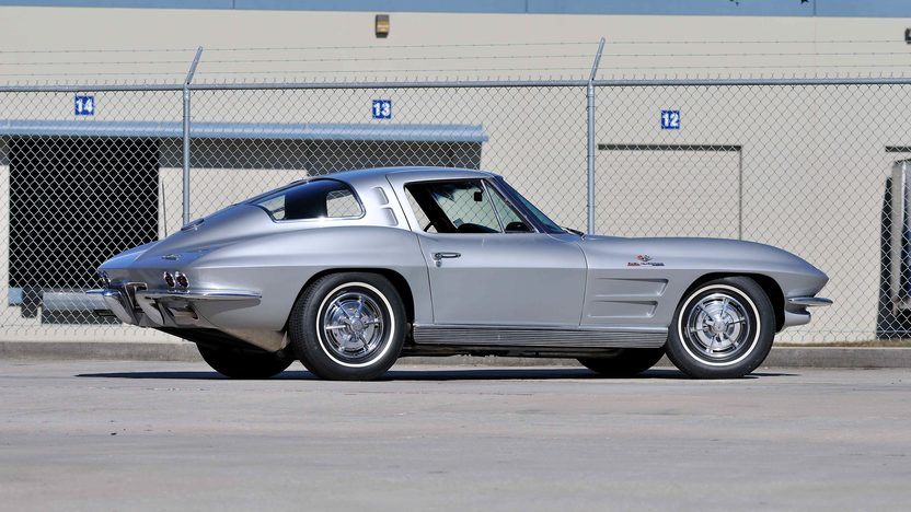 1963 Chevrolet Corvette Split Window Coupe 327/360 HP, Fuel Injection presented as lot S247 at Kissimmee, FL 2013 - image3