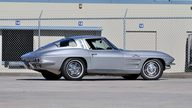 1963 Chevrolet Corvette Split Window Coupe 327/360 HP, Fuel Injection presented as lot S247 at Kissimmee, FL 2013 - thumbail image3