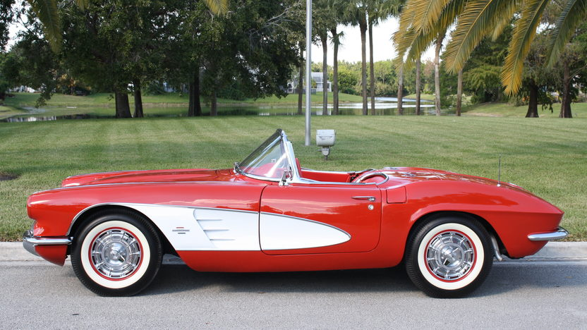 1961 Chevrolet Corvette Convertible 350 CI, 4-Speed presented as lot S275 at Kissimmee, FL 2013 - image5