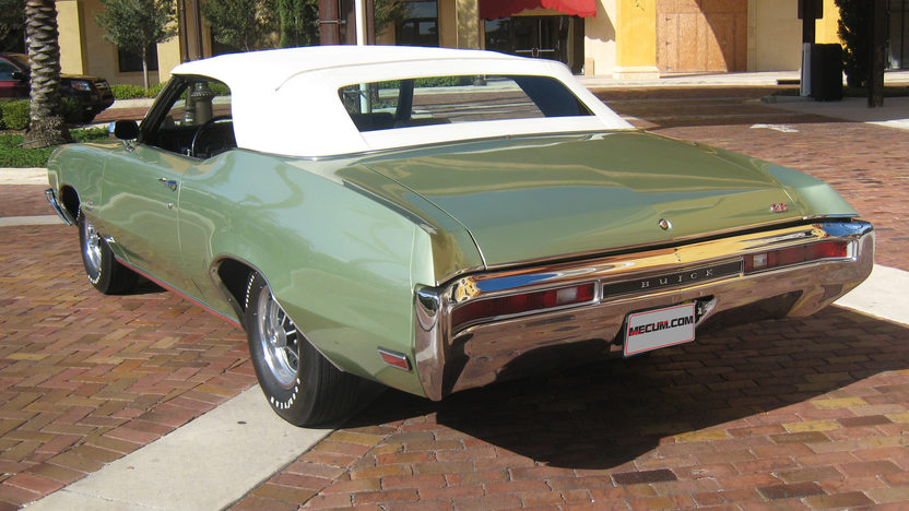 1970 Buick GS Stage 1 Convertible 455/360 HP, Automatic presented as lot S285 at Kissimmee, FL 2013 - image2