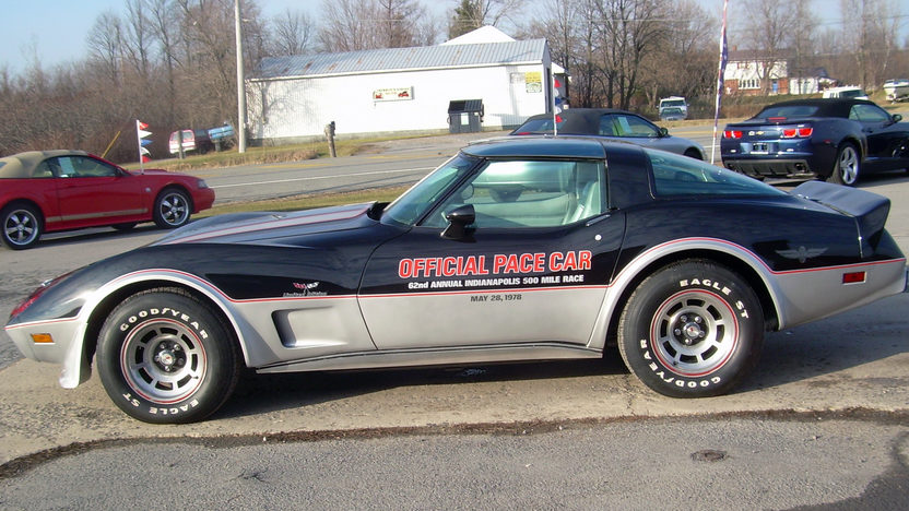 1978 Chevrolet Corvette Pace Car Edition 350 CI, Automatic presented as lot W24 at Kissimmee, FL 2013 - image2
