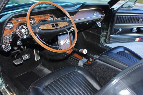 1968 Shelby GT500 KR Convertible 4-Speed, Factory Air presented as lot S141 at Kissimmee, FL 2013 - image3