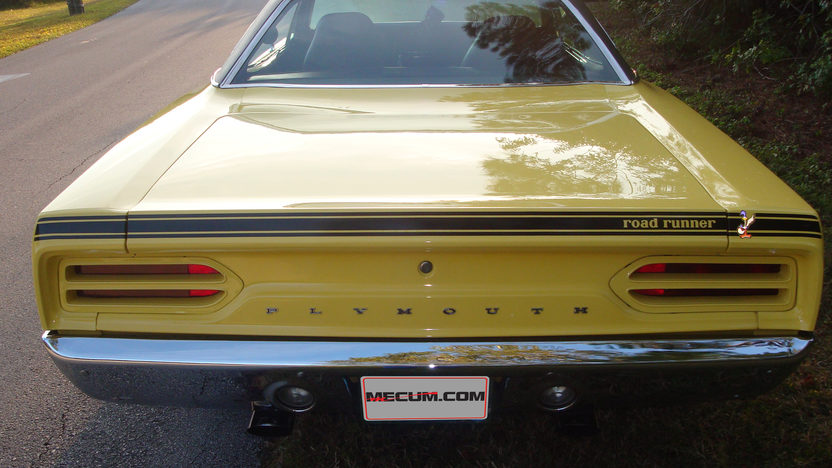 1970 Plymouth Road Runner 383/335 HP, 4-Speed presented as lot J57 at Kissimmee, FL 2013 - image3