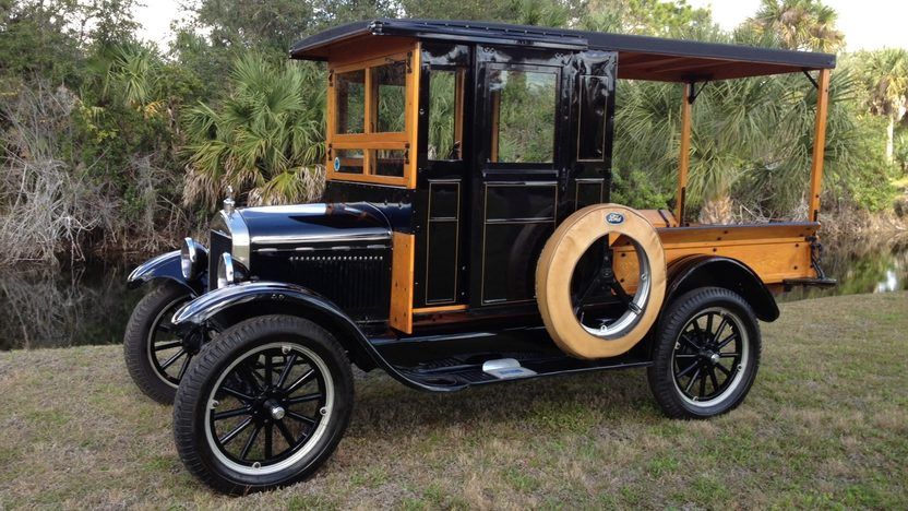 1926 Ford Model T Huckster presented as lot J82 at Kissimmee, FL 2013 - image2