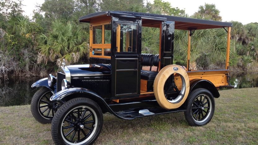 1926 Ford Model T Huckster presented as lot J82 at Kissimmee, FL 2013 - image5
