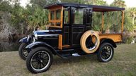 1926 Ford Model T Huckster presented as lot J82 at Kissimmee, FL 2013 - thumbail image2