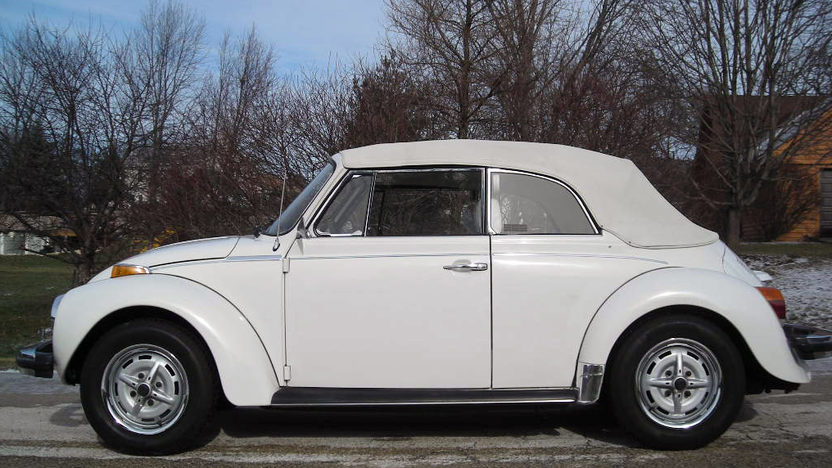 1979 Volkswagen Beetle presented as lot J113 at Kissimmee, FL 2013 - image2