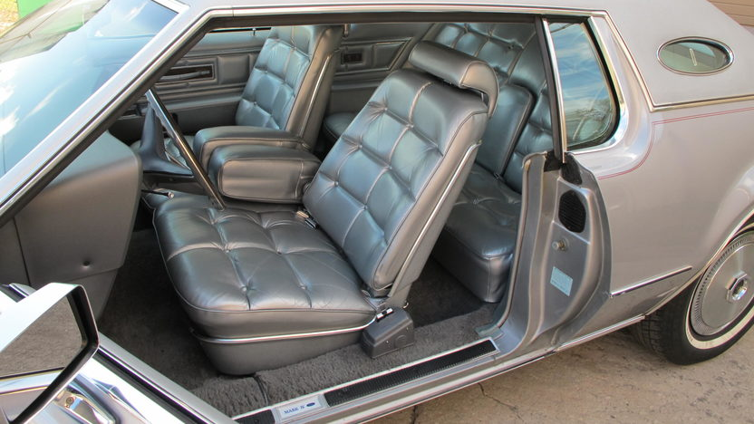 1973 Lincoln Mark IV 460 CI, Automatic presented as lot J114 at Kissimmee, FL 2013 - image4