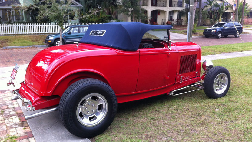 1932 Ford Roadster Street Rod 302/345 HP, Steel Body presented as lot J125 at Kissimmee, FL 2013 - image3