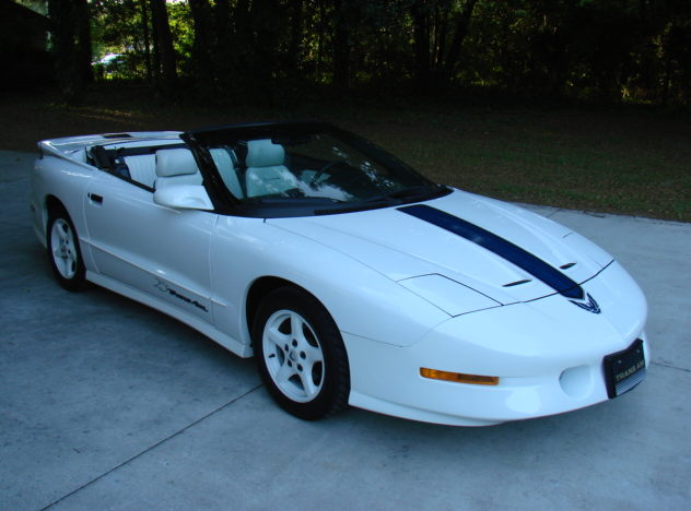 1994 Pontiac Trans Am Convertible 25th Anniversary Edition presented as lot J142 at Kissimmee, FL 2013 - image2