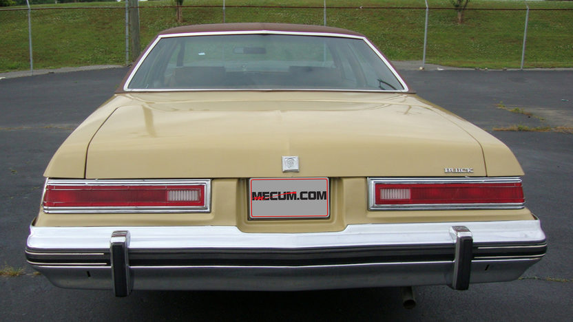 1975 Buick LeSabre 350 CI, Leather presented as lot J147 at Kissimmee, FL 2013 - image2