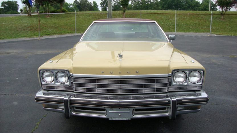 1975 Buick LeSabre 350 CI, Leather presented as lot J147 at Kissimmee, FL 2013 - image5