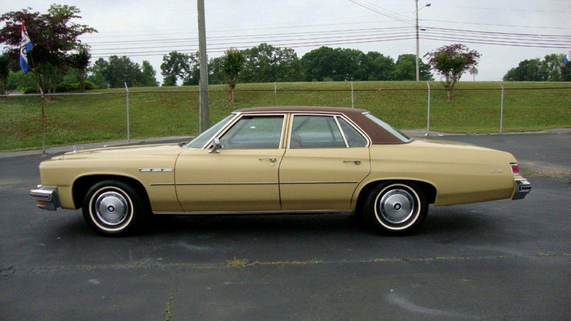 1975 Buick LeSabre 350 CI, Leather presented as lot J147 at Kissimmee, FL 2013 - image7
