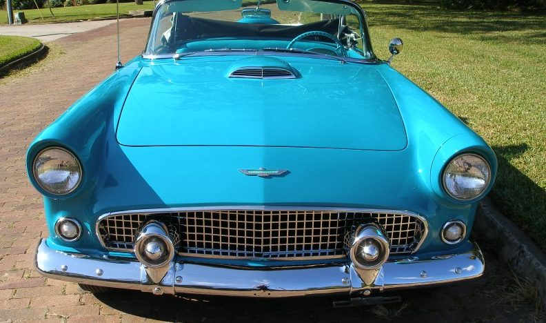 1956 Ford Thunderbird Convertible presented as lot J181 at Kissimmee, FL 2013 - image7