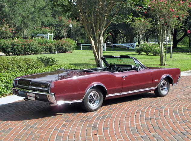 1967 Oldsmobile 442 Convertible 400 CI, Automatic presented as lot K66 at Kissimmee, FL 2013 - image10