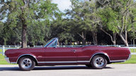 1967 Oldsmobile 442 Convertible 400 CI, Automatic presented as lot K66 at Kissimmee, FL 2013 - thumbail image2
