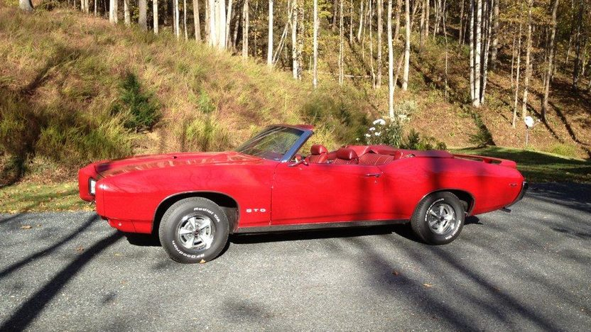 1969 Pontiac GTO Convertible 400 CI, 4-Speed presented as lot K113 at Kissimmee, FL 2013 - image2