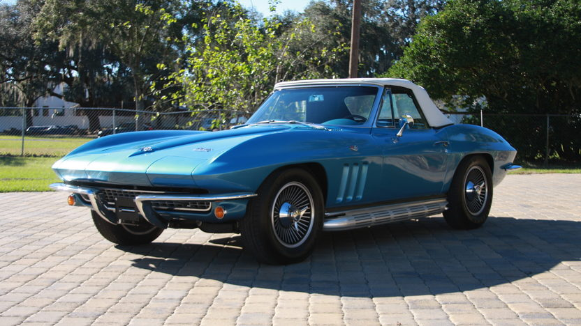 1966 Chevrolet Corvette Convertible 327 CI, 4-Speed presented as lot W187 at Kissimmee, FL 2013 - image10