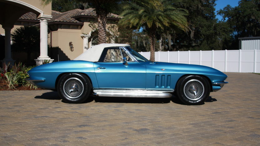 1966 Chevrolet Corvette Convertible 327 CI, 4-Speed presented as lot W187 at Kissimmee, FL 2013 - image2