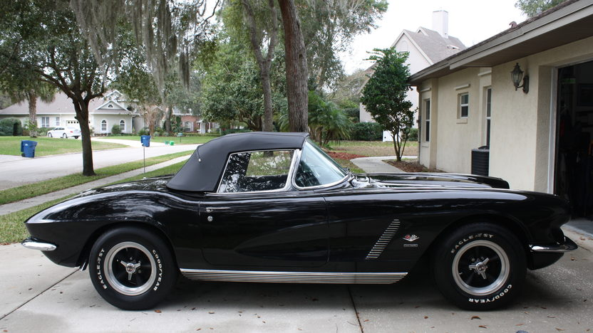 1962 Chevrolet Corvette 327/360 HP, 4-Speed presented as lot K267 at Kissimmee, FL 2013 - image6