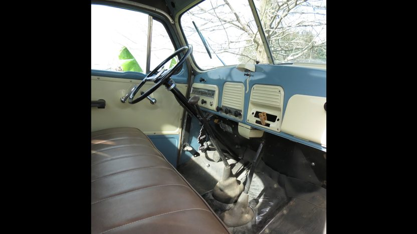 1952 Studebaker Pickup presented as lot U50 at Kissimmee, FL 2013 - image4