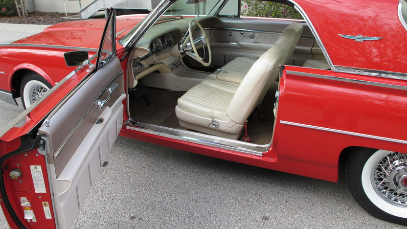 1962 Ford Thunderbird 390 CI, Automatic presented as lot L78 at Kissimmee, FL 2013 - image6