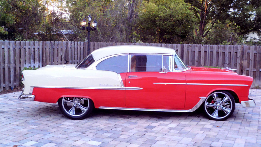 1955 Chevrolet Bel Air Hardtop 327 CI, Automatic presented as lot L136 at Kissimmee, FL 2013 - image2