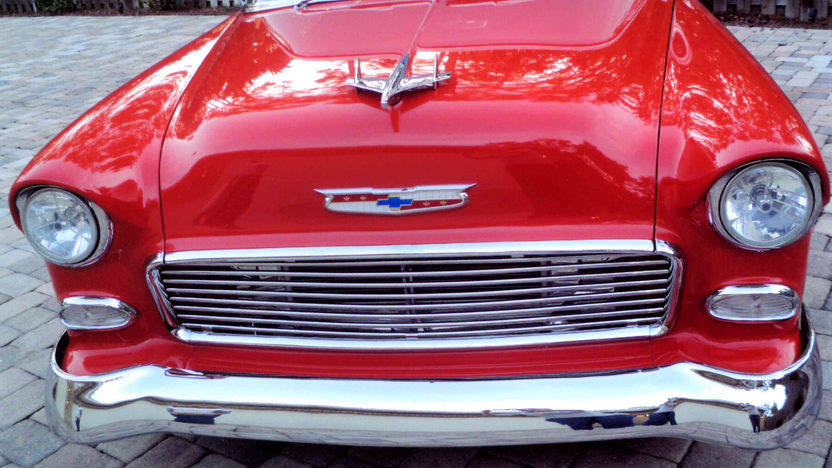 1955 Chevrolet Bel Air Hardtop 327 CI, Automatic presented as lot L136 at Kissimmee, FL 2013 - image9