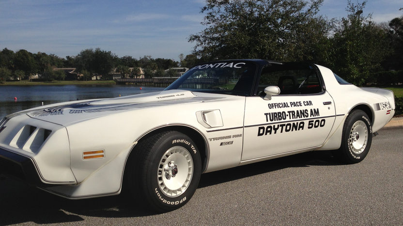 1981 Pontiac Trans Am Pace Car Edition Original and Unrestored presented as lot L140 at Kissimmee, FL 2013 - image6