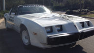 1981 Pontiac Trans Am Pace Car Edition Original and Unrestored presented as lot L140 at Kissimmee, FL 2013 - thumbail image7