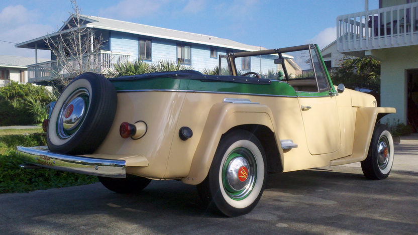 1949 Willys Jeepster 134/64 HP, 3-Speed presented as lot L150 at Kissimmee, FL 2013 - image3