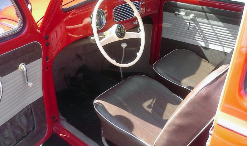 1956 Volkswagen Beetle presented as lot L156 at Kissimmee, FL 2013 - image3