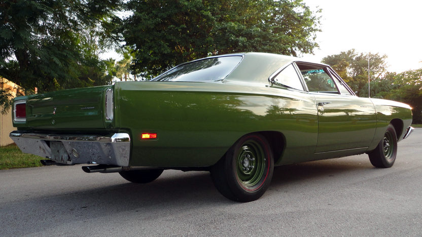 1969 Plymouth Road Runner 383 CI, 4-Speed presented as lot L161 at Kissimmee, FL 2013 - image2
